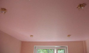 цветной матовый натяжной потолок