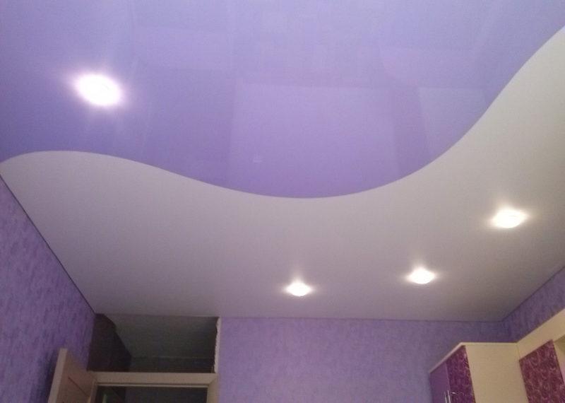 Двухцветные натяжные потолки 3
