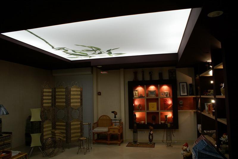 Прозрачные и полупрозрачные натяжные потолки 2 особенности. 3